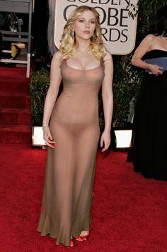 Scarlett Johansson : Revealed Top