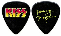 Tommy Thayer guitar pick
