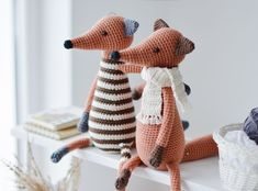 Crochet Pattern for Two Foxes, Amigurumi Fox Tutorial PDF Crochet Fox, Crochet Animals, Crochet Hooks, Cat Amigurumi, Amigurumi Patterns, Crochet Patterns, Bird Christmas Ornaments, Christmas Moose, Fox Pattern