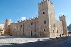 Castello di Alcamo o Castello dei conti di Modica ( 1340-1350 )