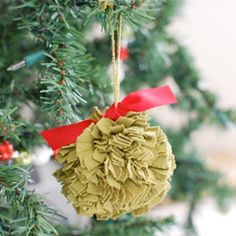 DIY Fabric Pom Pom ornaments. Kid and pet friendly!
