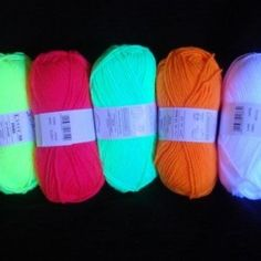 10 x UV Neon Wool Black Light Knit Theater Costumes Decoration Knitting Party Yarn Skein Coloured Blacklight Glow: Amazon.co.uk: Toys & Games
