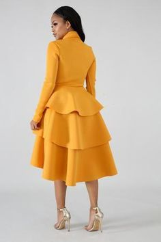 #fashiondressesstyle Elegant Dresses Classy, Elegant Dresses For Women, Lovely Dresses, Classy Dress, Glam Dresses, Vintage Dresses, Short Dresses, Fall Fashion Outfits, Chic Outfits