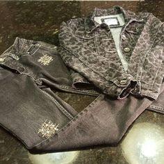LITTLE LADY'S Justice jacket leopard & Bling Jeans HAILEY'S CLOSET  Girl's Justice denim jacket grey & black on back leopard print SIZE 10 , Girl's Justice Bling Jeans Simple Low  Size 8 R Justice Jackets & Coats Jean Jackets