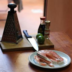 Salmon with sesame – lime crust..