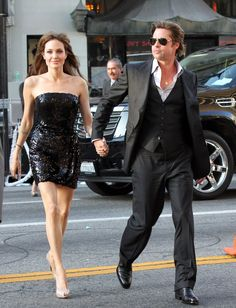 Pin for Later: 31 Times Brad Pitt and Angelina Jolie Showed Their Love For Each Other (and the Cameras!) Brad held onto Angelina's hand while arriving at her July 2010 premiere of Salt in LA. Angelina Jolie Style, Brad And Angelina, Brad Pitt And Angelina Jolie, Jolie Pitt, Le Jolie, Angelina Jolie Skinny, Brad And Angie, Don Juan, Before Wedding