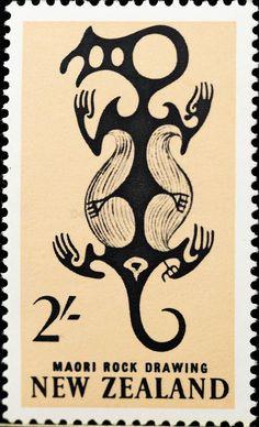 Stamp: Maori Art: Rock Drawing in Taniwha (New Zealand) (Pictorial Definitives) Mi:NZ 796 Vanuatu, Commonwealth, Maori Legends, Maori Words, Cave Drawings, Maori Designs, New Zealand Art, Nz Art, Postage Stamp Art