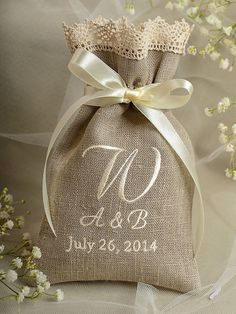 Natural Rustic Linen Wedding Favor Bag ,Lace Wedding Favor, County Style  Favor Bags, Custom Tag, Embroidery Monogram