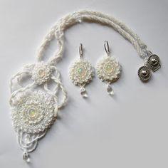 #beading #beadwork #beadweaving #beadedembroidery #opalearrings #opalnecklace #opalset #opal #ethiopianopal #weddingearrings  #weddingnecklace  #weddingset #forbride #webbing #snowwhite
