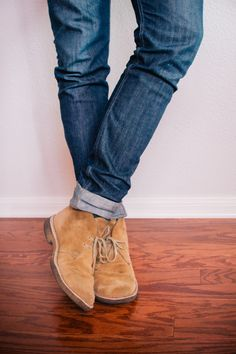 nice jeans with leather chukka