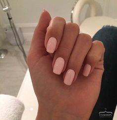 Cute Acrylic Nails 790522540820301642 - Vernis à ongles rose Source by larevuedekathleen Simple Acrylic Nails, Best Acrylic Nails, Acrylic Nail Designs, Aycrlic Nails, Nail Manicure, Glitter Nails, Pink Gel Nails, Manicure Quotes, Plum Nails