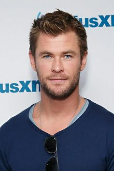 Chris H. & those blue eyes... Damn!