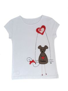 "Camiseta "" La ratita presumida en el columpio / punt a punt - Artesanio Cute Sewing Projects, Baby Dress Design, Kids Tops, Painted Clothes, Felt Applique, Tee Shirt Designs, Baby Wearing, To My Daughter, Kids Outfits"