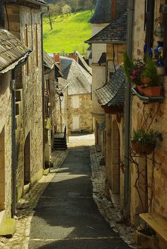 Turenne (Corrèze),France by PierreG_09, via Flickr
