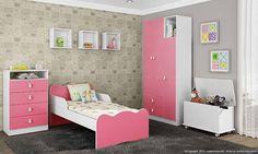 Quarto infantil com móveis cor de rosa. Clique na imagem para saber mais.