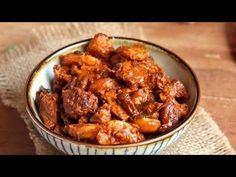 చేపల పచ్చడి ఎక్కువ కాలం నిల్వ ఉండాలంటే ఈ చిట్కా పాటించండి..telangana style fish pickle in telugu - YouTube Chicken Pickle, Chicken Wings, Pickles, Meat, Ethnic Recipes, Food, Essen, Meals, Pickle