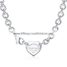 Tiffany And Co Necklace Heart Tag Silver 014 - - beautyideaz Tiffany Und Co, Tiffany & Co., Cute Fashion, Look Fashion, Womens Fashion, Fashion Design, Fashion Ideas, Fashion Outfits, Tiffany And Co Necklace