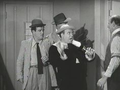 The Abbott and Costello Show - Stinky and residents at Field's Boardinghouse Joe Besser, Whos On First, Grover Cleveland, Abbott And Costello, Classic Comedies, Laurel And Hardy, Movie Quotes, I Laughed, Movie Tv