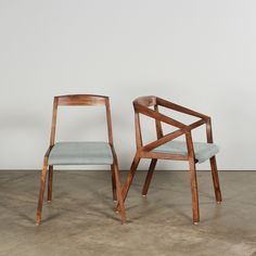 So into this design on Fab! Natural Wood Furniture, Trendy Furniture, Furniture Inspiration, Interior Design Inspiration, Design Ideas, Apartment Therapy, Chair Design, Furniture Design, Dining Arm Chair