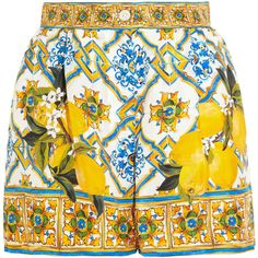 Dolce & Gabbana Printed silk-twill shorts (£525) ❤ liked on Polyvore featuring shorts, skirts, loose high waisted shorts, patterned shorts, loose fit shorts, highwaist shorts and multi colored shorts