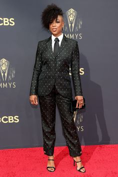 Stars Are Arriving for the 2021 Emmy Awards: See All the Photos from the Red Carpet! Cedric The Entertainer, Samira Wiley, The Emmys, Glamour Photo, Column Dress, Tulle Gown, Cape Dress, Red Carpet Dresses, Celebs