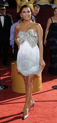 Eva Longoria in Marchesa..this is sooo cute and i dont think it will ever go out of style. love it