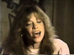 ▶ Carly Simon Nobody Does It Better - YouTube
