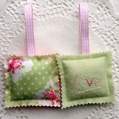 Pair of felt lavender bags Lavender Crafts, Lavender Bags, Lavender Sachets, Sewing Crafts, Sewing Projects, Sachet Bags, Sewing To Sell, Fabric Hearts, Embroidery On Clothes