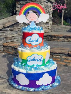 he{ART} Lyttle: Rainbow Dreams diaper cake, baby shower - Cupcake Baby Shower Ideen Baby Shower Sweets, Baby Shower Cakes, Baby Shower Parties, Baby Shower Themes, Baby Boy Shower, Baby Shower Decorations, Baby Shower Gifts, Shower Ideas, Baby Gifts