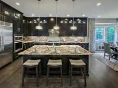 Beautiful Luxury Kitchen Design Ideas To Get Elegant Look 02 Luxury Kitchen Design, Luxury Kitchens, Home Kitchens, Tuscan Kitchens, Home Decor Kitchen, Rustic Kitchen, Kitchen Ideas, Kitchen Designs, Apex Homes