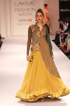 Model walks the ramp for Divya Sheth at the Lakme Fashion Week Winter/Festive 2014 Day 3. #Fashion #Style #Beauty