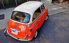 Car Pictures, Car Pics, Bmw Isetta, Microcar, Battle Scars, Miniature Cars, Fiat 600, Small Cars, Bmw Cars