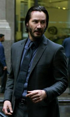 """Keanu 💞❤️💞💋VAVAVOOM MY. """"Perhaps the very fabric of you is so very familiar, that we are woven from the same thread"""". I want the last thing I hear to be you whispering my name. Keanu Reeves John Wick, Keanu Charles Reeves, Keanu Reeves Quotes, Special People, Pretty Boys, Pretty People, Getting Married, Handsome, Actors"""