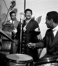 Ella Fitzgerald is HANDS DOWN one of THE BEST female singers of all time!