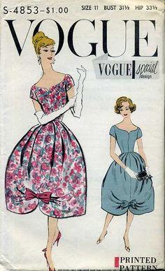 Vogue Pattern 50s 60s bubble skirt dress wide portrait collar floral blue red bow sweetheart neckline