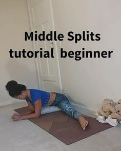 A great middle splits tutorial with many props designed for beginners 🙏🏻 This one is really good, save it to use in your personal practice… Splits Stretches For Beginners, Middle Splits Stretches, Dance Stretches, Stretches For Flexibility, Flexibility Workout, How To Increase Flexibility, The Splits, How To Do Splits, Yoga Quotes