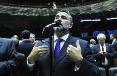 """Para o parlamentar petista, a Rede Globo """"mentiu descaradamente"""" ao informar que a Zelotes seja uma operação para investigar compra e venda de Medidas Provisórias para o setor automobilístico"""