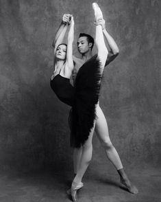 <<Andrea Laššáková and Adrian Blake Mitchell (Mikhailovsky Ballet) # Photo © Sjur Roald>>