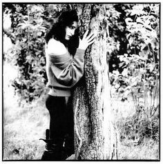 Siouxsie: me and tree have chemistry together...tree understands me...tree loves me more than Robert Smith <3  Me: omg I can't even