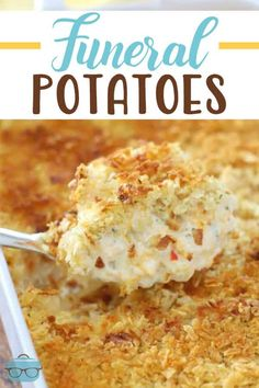 potato recipes Funeral Potatoes are creamy, cheesy potatoes with a crunchy, buttery topping. They are comfort food to the max that everyone loves! Easy Soup Recipes, Cooking Recipes, Potato Recipes, Skillet Recipes, Cooking Gadgets, Funeral Potatoes Recipe, 9x13 Baking Dish, Country Cooking, Comfort Food