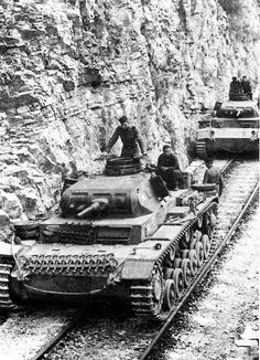 Panzer Iii, Photos Du, Old Photos, Tank Destroyer, Armored Fighting Vehicle, Ww2 Tanks, World Of Tanks, German Army, Armored Vehicles