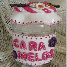 Resultado de imagen de frascos decorados con porcelana fria Fimo Clay, Clay Flowers, Cold Porcelain, Lunch Box, Crafts, Pasta, San Clemente, Jars, Scrapbooking