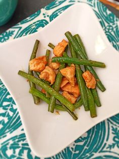 Super easy and delicious recipe for Chinese style Green Bean Chicken-- By Lazy Girl Dinners, #paleo #glutenfree #lowcarb