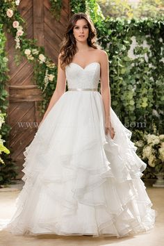 Jasmine Bridal - Collection Style F181068 in Venise Lace, Double Faced Organza, Mokuba Ribbon-24mm, color Ivory/Champagne
