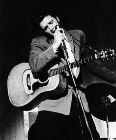 Elvis Presley fotografiado por Jay Leviton, 1956