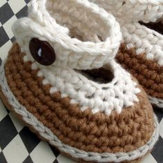 Everything`s Crochet: Crochet Baby Slipper Pattern