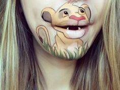 Maquilladora convierte sus labios en dibujos animados - Taringa!