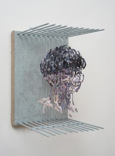 Rather than considering paint as a liquid medium, San Francisco-based artist Chris Dorosz uses the traditional material as a unit of measure to form anonymous sculptural portraits.At first glance, the three-dimensional paintings read as abstract compilations of shapes, and only once the viewer look