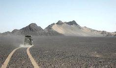 10_maiores004-O lugar mais quente do mundo fica no deserto de Lut, no Irã. A temperatura máxima registrada alcançou 70 graus. É o verdadeiro inferno na terra.