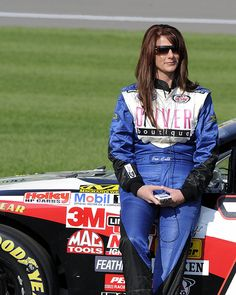 NASCAR Drivers | NASCAR has a FULL TIME FEMALE Truck Driver * Jennifer Jo Cobb